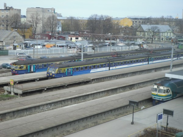 tallinn-balti-jaam-train.jpg